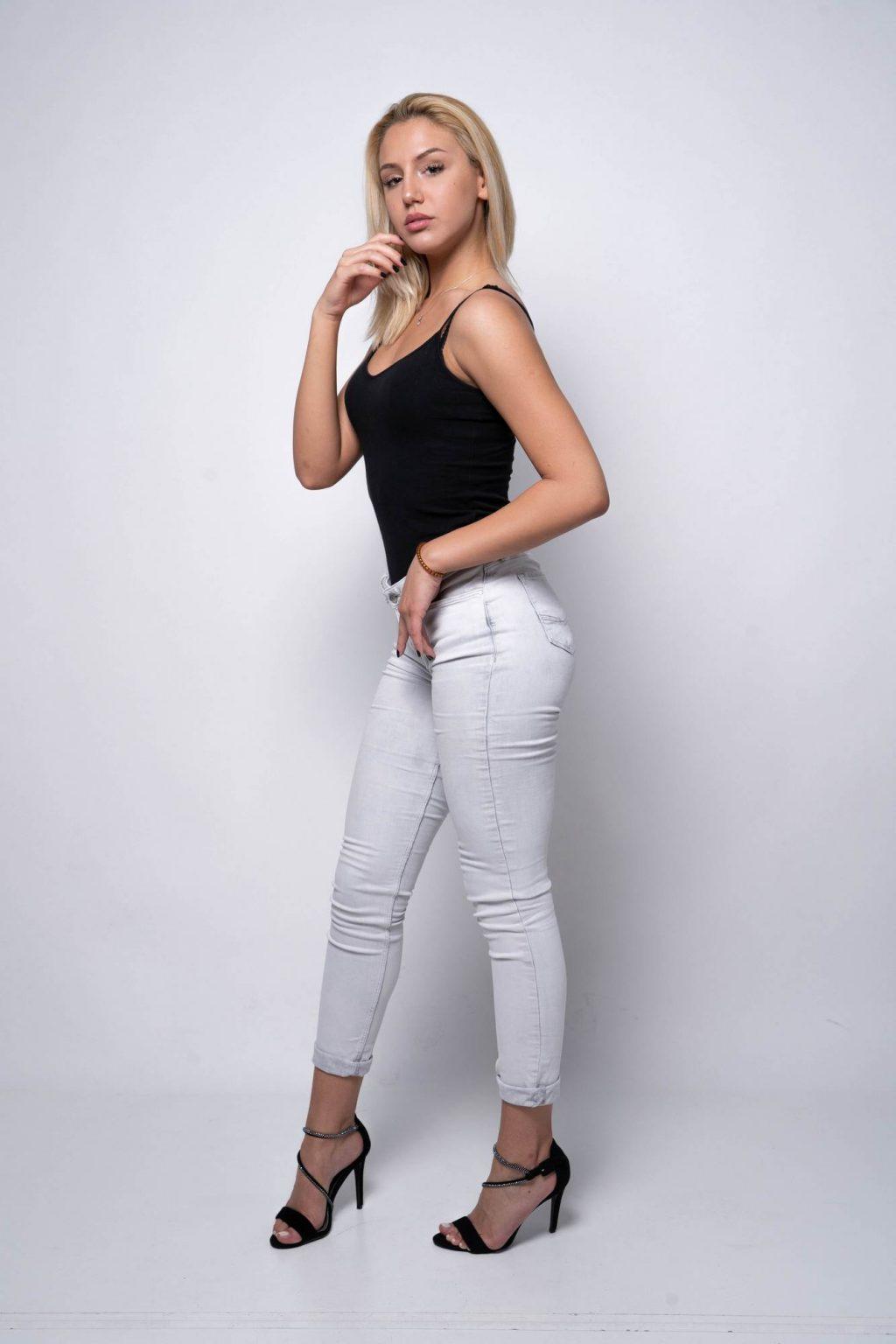 005 - Anastasija